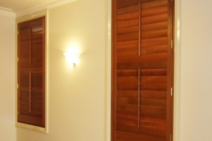 Fashion Window Blinds Louvre Shutters 720 480
